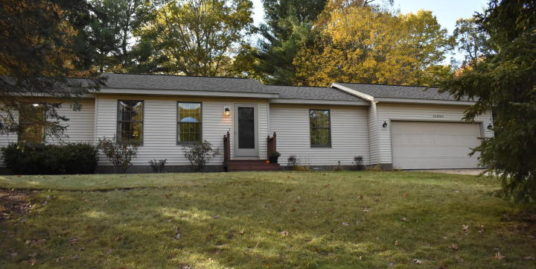 14065 Payne Forest Ave, Grand Haven, MI 49417